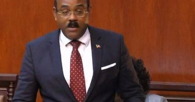 "PM: Antigua Will Amend Laws to ""Keep Out of the Crosshairs of the OECD"""